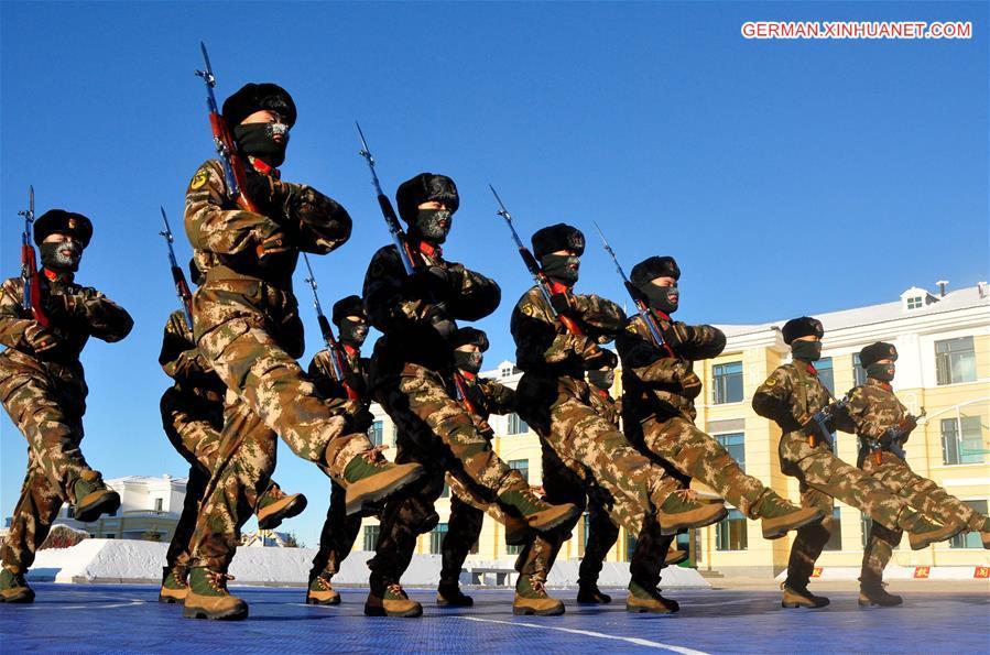 Soldaten in Chinas nördlichstem Dorf trotzen Schnee und Eis