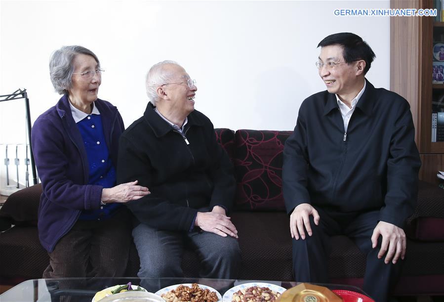 Wang Huning besucht anlässlich des Frühlingsfestes renommierte ...