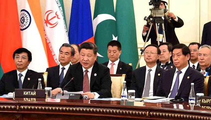 Xi nimmt am 16. Gipfeltreffen des Rats der Staatsoberhäupter der SOZ in Usbekistan
