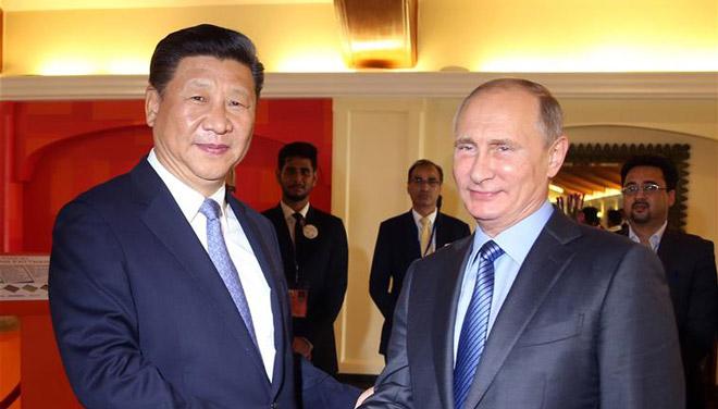 Xi Jinping trifft Wladimir Putin in Goa