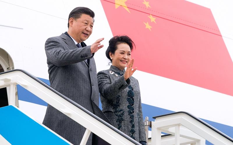 Chinesischer Staatspräsident trifft zu Staatsbesuch in Portugal ein