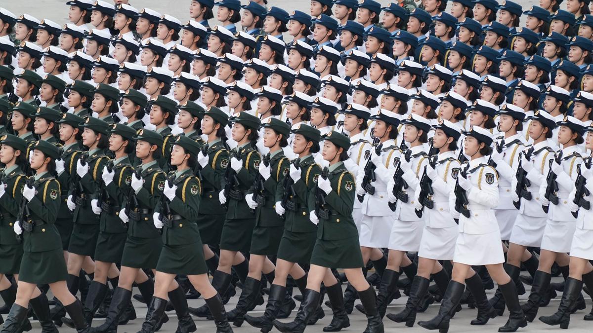 Chinesische Soldaten bereiten sich intensiv auf Militärparade am 1. Oktober vor