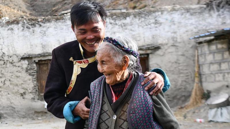 Bildgeschichte: Neues Leben der ehemaligen Leibeigenen Tsering Yangzom in Tibet