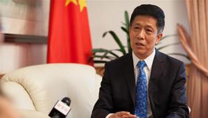 Chinesischer Botschafter in Polen beim Interview mit Xinhua