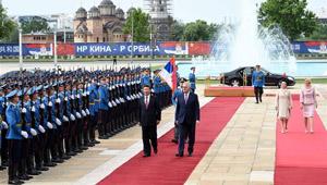Xi Jinping nimmt an Begrüßungszeremonie in Serbien teil