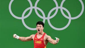 Tian Tao gewinnt Silbermedaille über 85KG-Gewichtheben der Männer