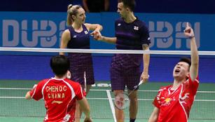 China holt sich den Titel beim Finale des gemischten Doppels von BWF in Dubai