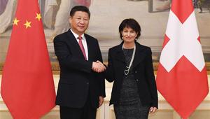 Xi Jinping führt mit Schweizer Bundespräsidentin in Bern Gespräche