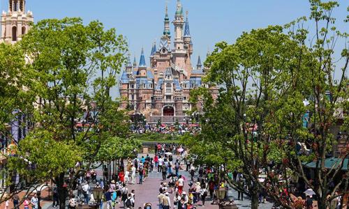 Shanghai Disneyland begrüßtseinen 10 millionsten Besucher