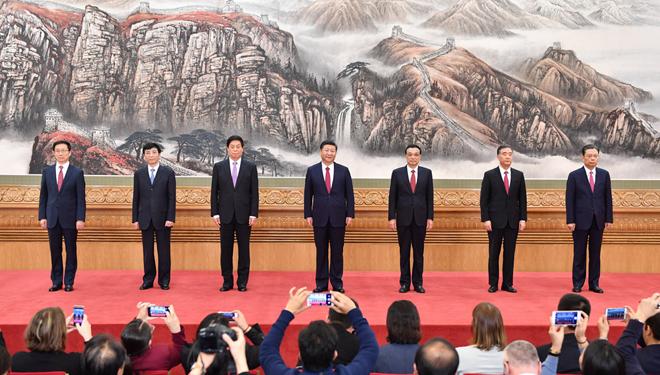In Bildern: Spitzenführungen der KPCh treffen die Presse