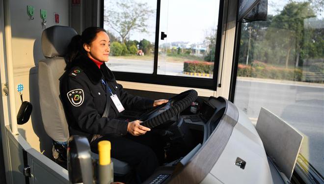 Grüne Energie-Busse in Anhui im Betrieb