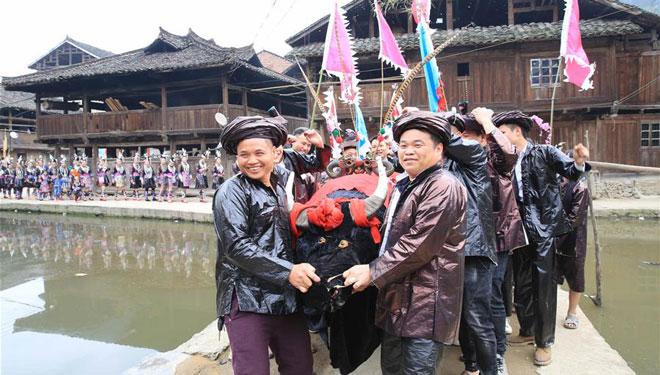 Wrestling-Festival in Guizhou abgehalten