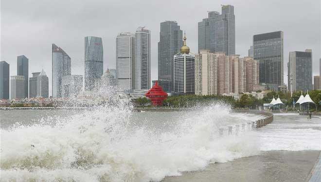 Taifun Yagi trifft Qingdao in Ostchina