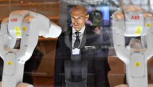 Neue Technologie auf dem Sommer-Davos-Forum präsentiert