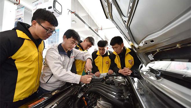 Chinas Arbeitsmarkt blieb 2018 stabil