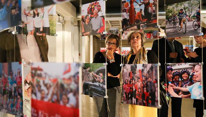 """Ausstellung """"Photographische Reise nach China: Städte und Bürger"""" in Rom abgehalten"""