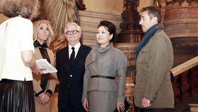 Peng Liyuan besucht Opéra Garnier in Paris