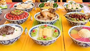 Wettbewerb für lokale Spezialitätenküche in Lanzhou abgehalten