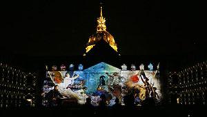 """Ton- und Lichtshow """"Die Nacht des Invalides"""" in Paris von Frankreich veranstaltet"""