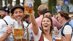Das 186. Oktoberfest in München eröffnet