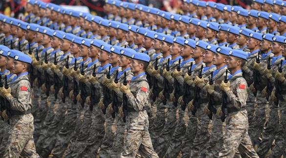 Chinesische Friedenstruppen debütieren bei Militärparade am Nationalfeiertag