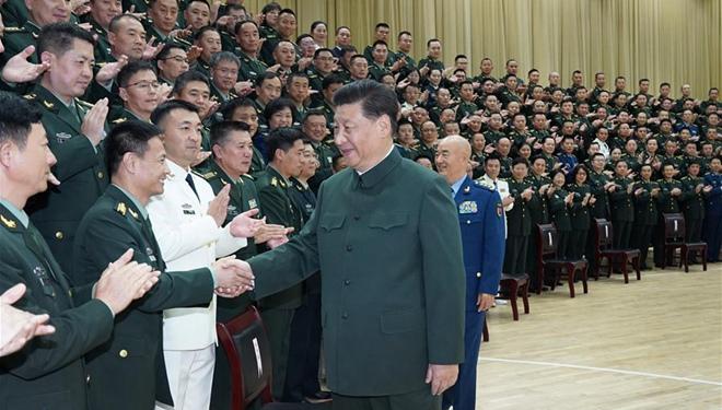 Xi trifft Delegierte des VBA-Parteitages der Logistic Support Force und leitende Beamte in Hubei