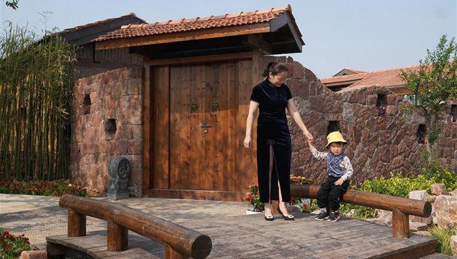 Chinas Stadt Xinyi entwickelt Gastfamilienwirtschaft, um Kulturtourismus und Wiederbelebung des ländlichen Raums zu fördern