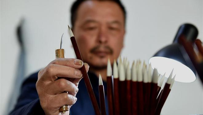 Bildgeschichte: Erbe der Xuan-Tintenpinselherstellung im chinesischen Anhui