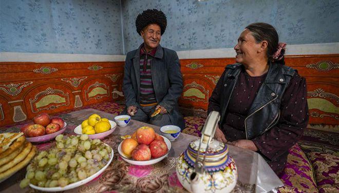 Maßnahmen in von Armut betroffenen Dörfern in Chinas Xinjiang zur Verbesserung des Lebensstandards der Einheimischen ergriffen