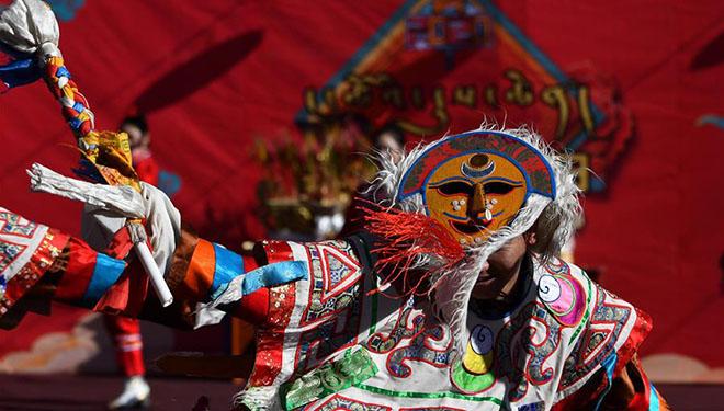 Chinesisches Neujahrsfest in Lhasa von Tibet