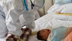 """Vorübergehende """"Mütter"""" kümmern sich um Kinder einer COVID-19-Patientin"""