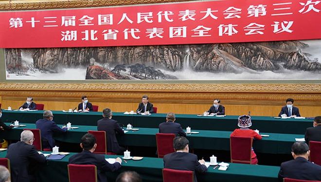 Xi nimmt an Diskussion der Delegation aus Hubei auf Jahrestagung der nationalen Gesetzgebung teil