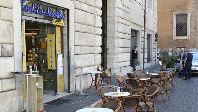 Kaffeebars in Rom wieder geöffnet