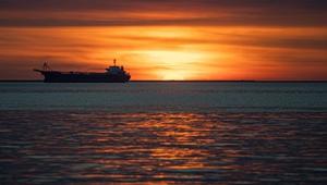 Sonnenuntergang nach Regenfall in Haikou