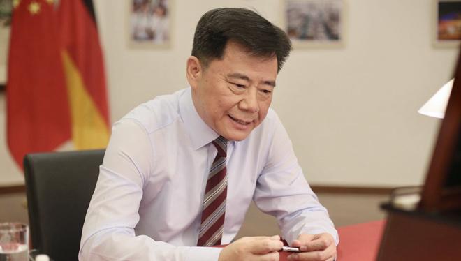 Chinesischer Botschafter WU Ken im Interview mit der Funke Mediengruppe