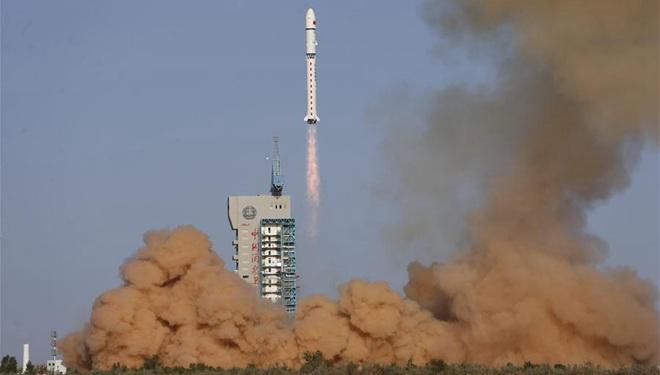 China startet Satelliten für Weltraumstudien
