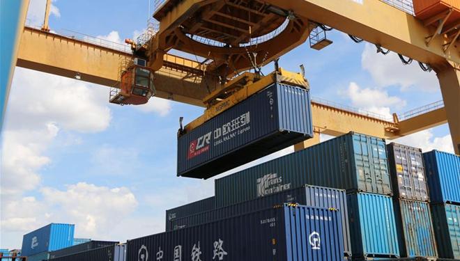 Chinas Landhafen sieht im ersten Halbjahr grenzüberschreitende Bahnfracht von über 10 Mio. Tonnen