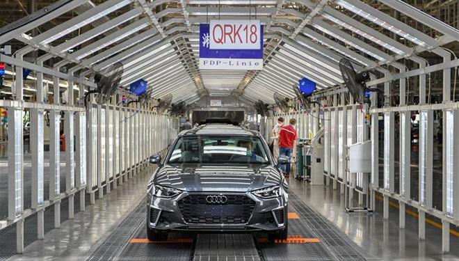 Chinas Autohersteller FAW Group produziert im ersten Halbjahr 1,62 Millionen Fahrzeuge