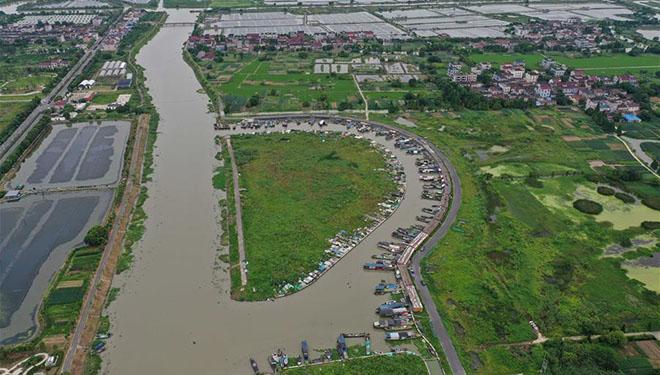 Notfallreaktion für Hochwasserschutz von Stufe IV auf Stufe III angehoben