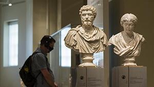 Das Royal Ontario Museum in Toronto wieder für Öffentlichkeit geöffnet