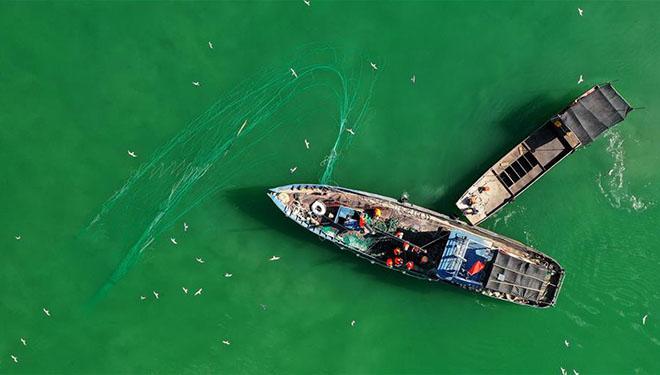 In Bildern: Fischerei im Bostan-See von Chinas Xinjiang