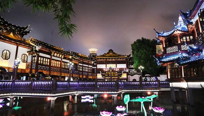 Perle des Orients - Shanghai bei Nacht