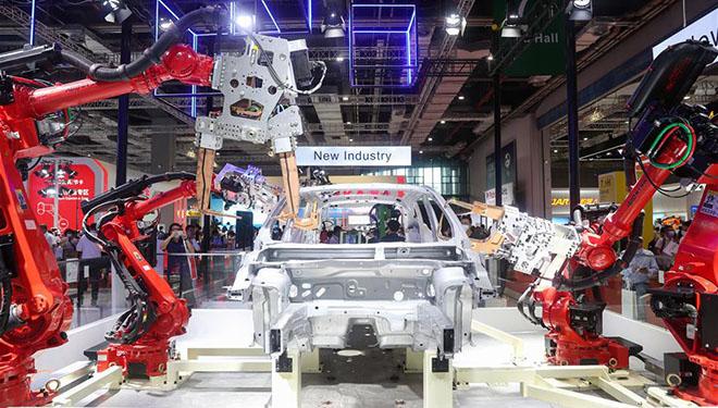 Chinesische Internationale Industriemesse in Shanghai zieht über 2.000 Unternehmen aus 22 Ländern und Regionen an
