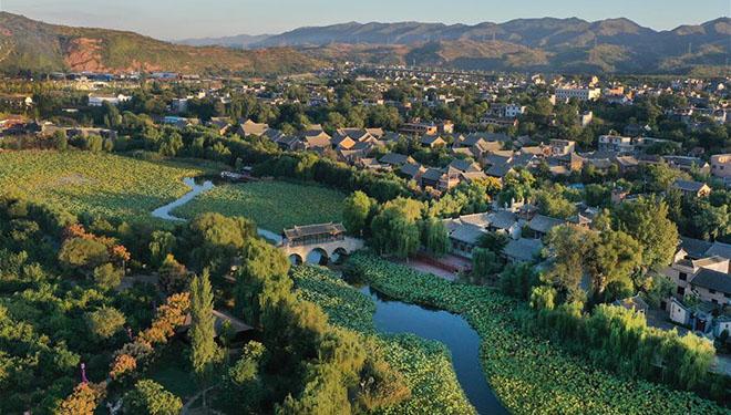 Antike Stadt Dihua in Chinas Shaanxi zieht viele Touristen an