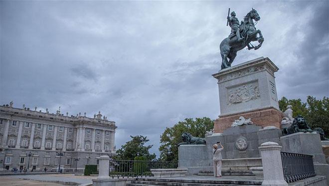 In Bildern: Weniger Touristen besuchen Madrid inmitten der COVID-19-Pandemie