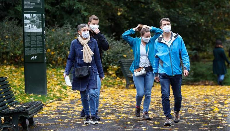 Mehr drastischere Maßnahmen in Brüssel werden zur Bekämpfung von COVID-19 ergriffen