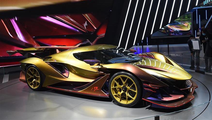 Weltweit führende Autohersteller nehmen an der diesjährigen CIIE teil