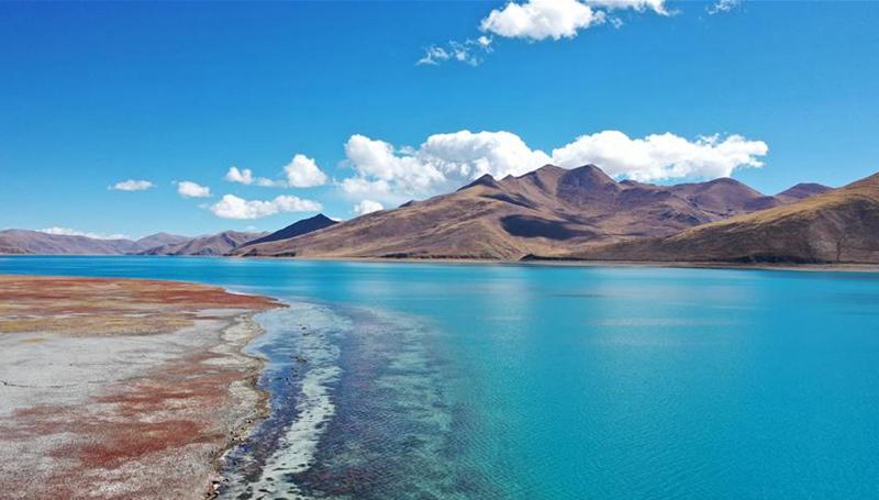 Yamzbog Yumco Lake: Eine pektakuläre Landschaft in Tibet