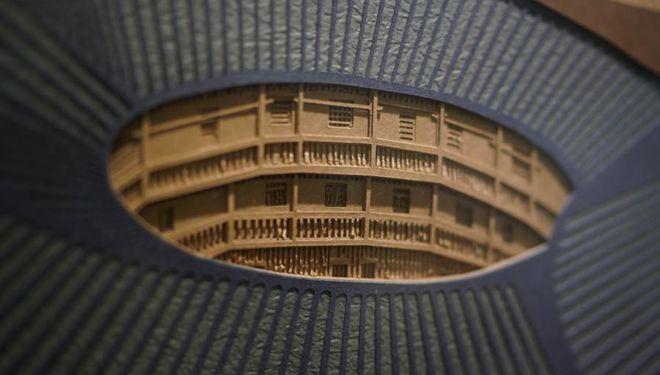 Dreidimensionale Papierschnitzereien spiegeln architektonische Kultur der Hakka-Gemeinschaft wider