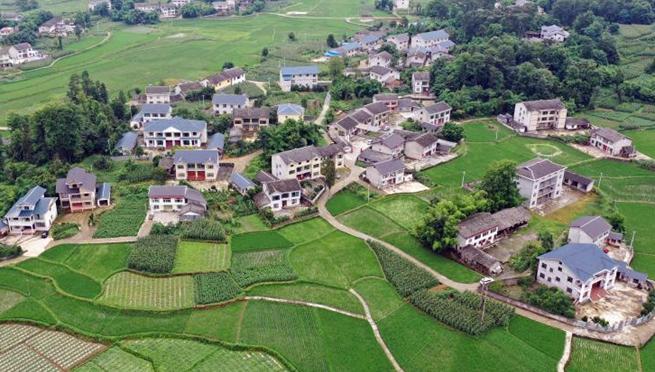 China streicht alle verbleibenden verarmten Kreise von der Armutsliste